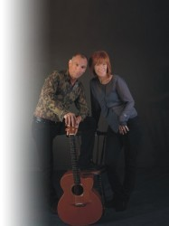 Kiki Dee & Carmelo Luggeri - An Acoustic Journey at Chequer Mead, East Grinstead