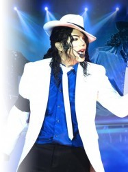 King of Pop starring Navi at Chequer Mead, East Grinstead