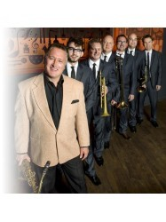 Ray Gelato and the Giants at Chequer Mead, East Grinstead